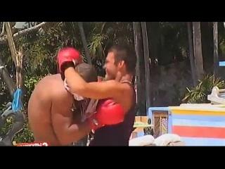 Каникулы в Мексике 2: День 76 (18.06.2012). Боксер на вилле